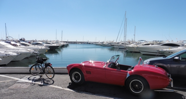 Puerto Banús on a bike