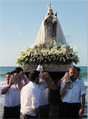 Once the Mass had concluded, the throne was carried into the sea for the Virgin to bless Marbella´s fishing grounds...