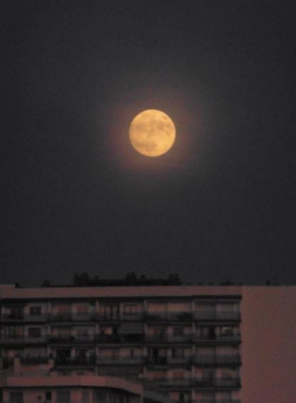 Marbella Town moon